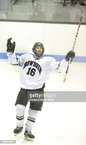 Saturday March 6 2010 Bowdoin College vs Hamilton College in a NESCAC men's ice hockey championship game Bowdoin's Dan Weiniger celebrates his...