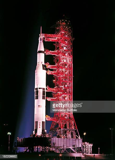 Saturn 5 Stock Photos And Pictures