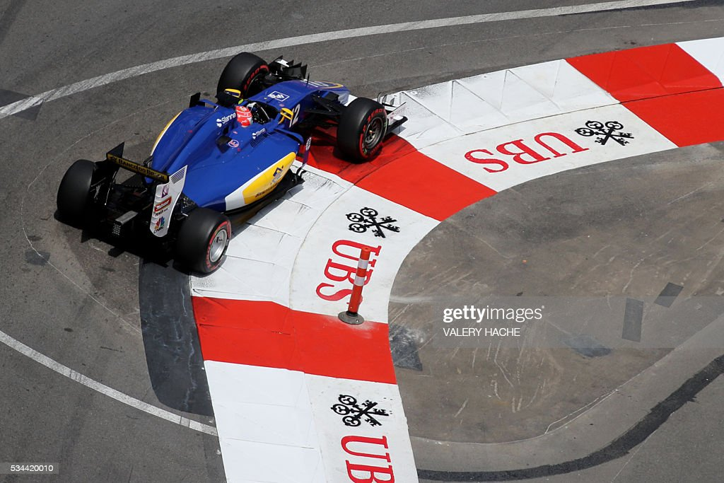 Sauber F1 Team's Brazilian driver Felipe Nasr drives during the first practice session at the Monaco street circuit, on May 26, 2016 in Monaco, three days ahead of the Monaco Formula 1 Grand Prix. / AFP / Valery HACHE