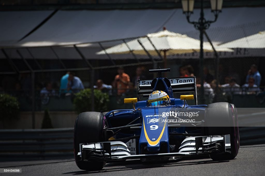 Sauber F1 Team's Swedish driver Marcus Ericsson drives during the second practice session at the Monaco street circuit, on May 26, 2016 in Monaco, three days ahead of the Monaco Formula 1 Grand Prix. / AFP / ANDREJ