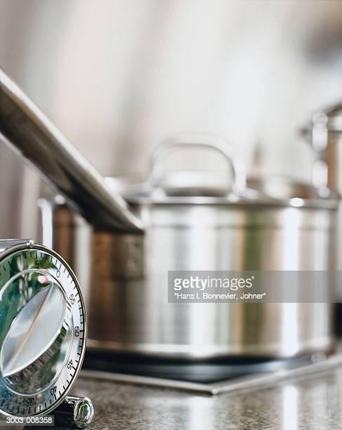 Saucepan and Timer
