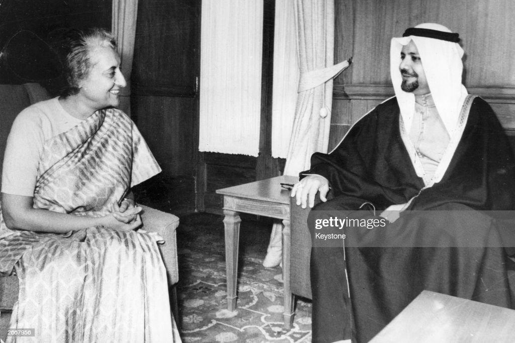 Saudi Arabian politician and member of OPEC Sheik Ahmed Zaki Yamani meeting with Indian prime minister Indira Gandhi during talks in New Delhi