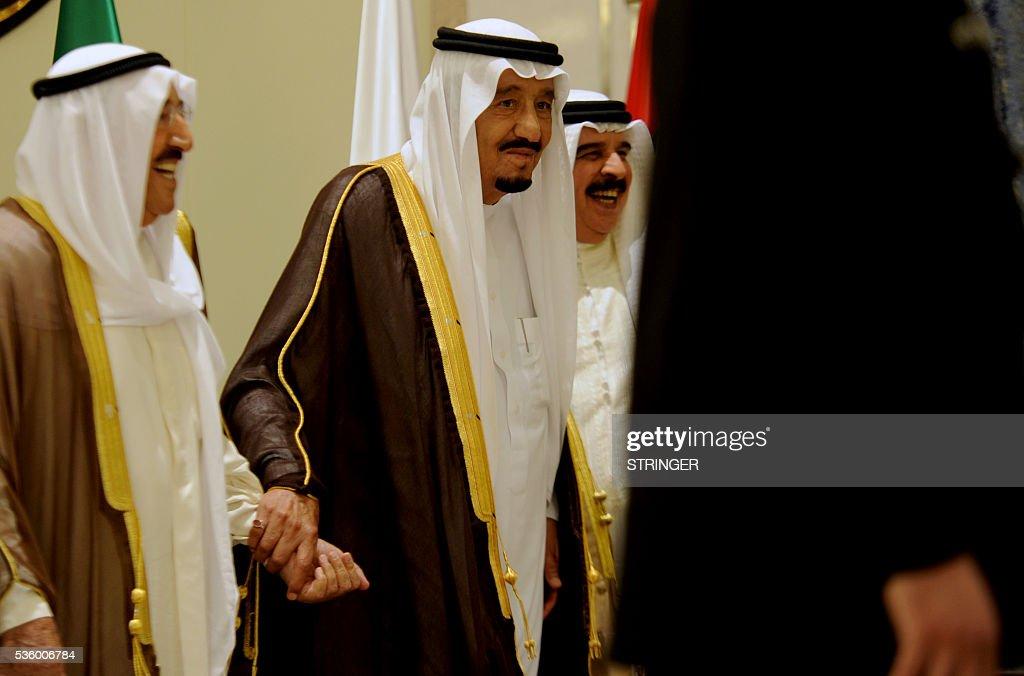Saudi King Salman bin Abdulaziz Bahrain's King Hamad bin Issa alKhalifa and Emir of Kuwait Sheikh Sabah alAhmad alJaber alSabah attend a Gulf...