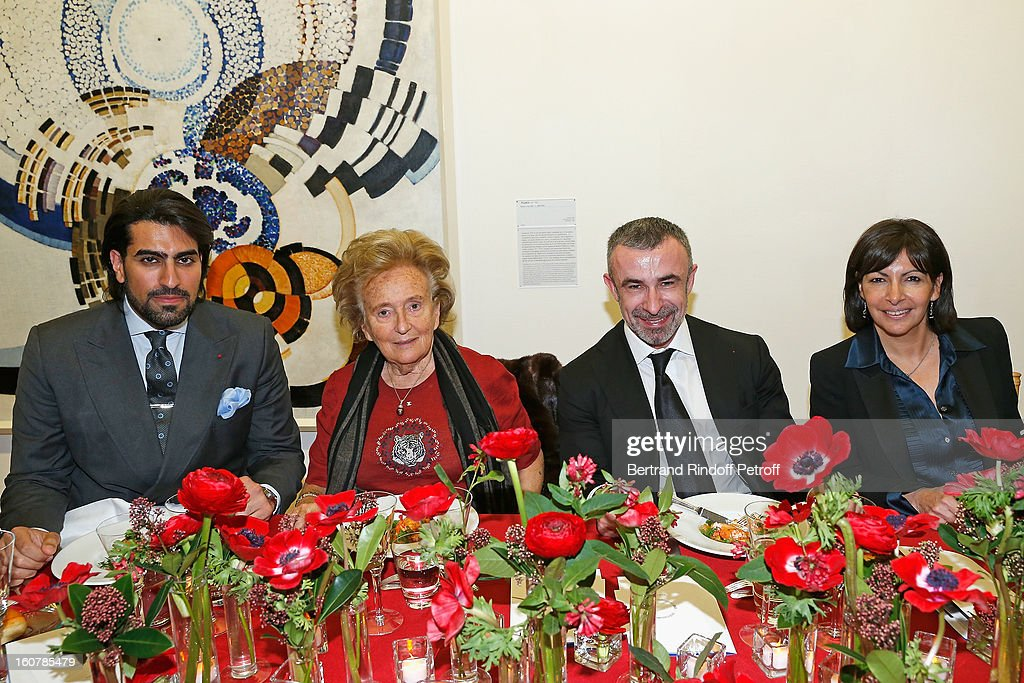 Saudi Prince Salman Bin Abdulaziz Bin Salman Al-Saud, Bernadette Chirac, Alain Seban and Anne Hidalgo attend the 8th Annual Dinner of the 'Societe Des Amis Du Musee D'Art Moderne' at Centre Pompidou on February 5, 2013 in Paris, France.
