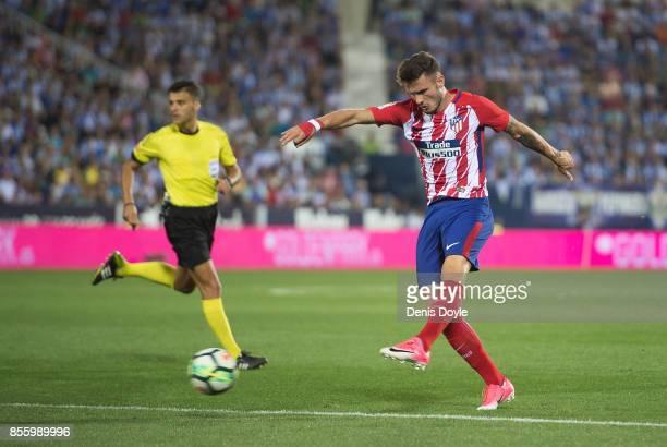 Saul Niguez of Club Atletico de Madrid shoots at goal during the La Liga match between Leganes and Atletico Madrid at Estadio Municipal de Butarque...