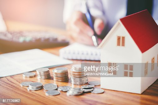 Save money for home cost : Stock Photo