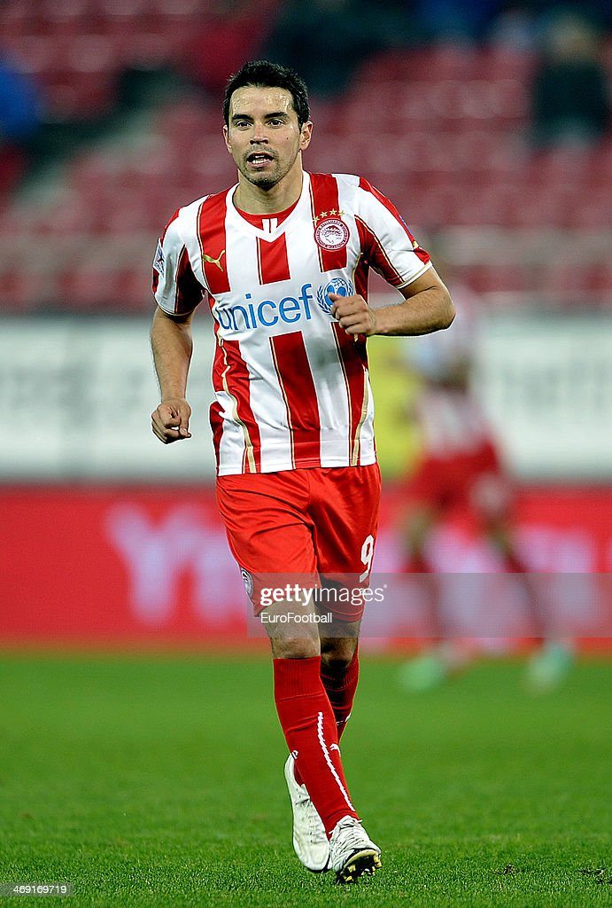 Saviola of Olympiacos F.C. in action during the Greek Superleague match between Olympiacos F.C. and Panionios GSS at the Karaiskaki Stadium on February 5, 2014 in Piraeus near Athens.