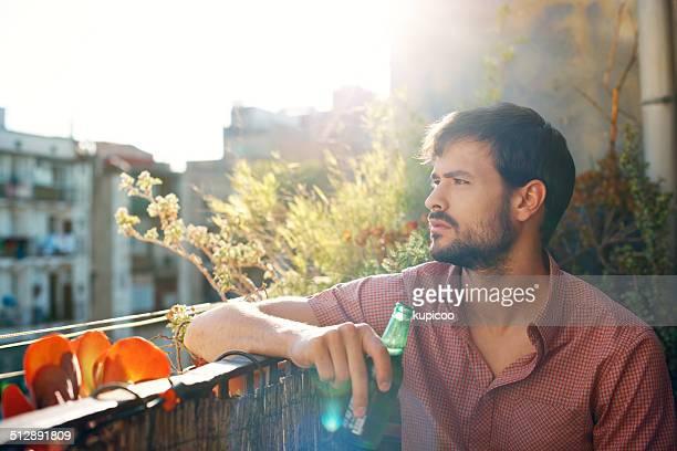 Goza del sol y una cerveza