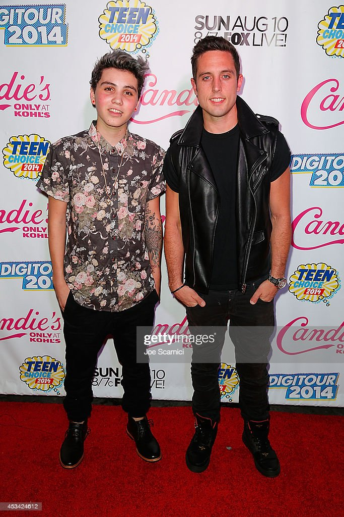 Sawyer Hartman and <a gi-track='captionPersonalityLinkClicked' href=/galleries/search?phrase=Sam+Pottorff&family=editorial&specificpeople=10487888 ng-click='$event.stopPropagation()'>Sam Pottorff</a> attend DigiTour Hosts Teen Choice 2014 Awards Official Pre-Party at Gibson Guitar Entertainment Relations Showroom on August 9, 2014 in Beverly Hills, California.