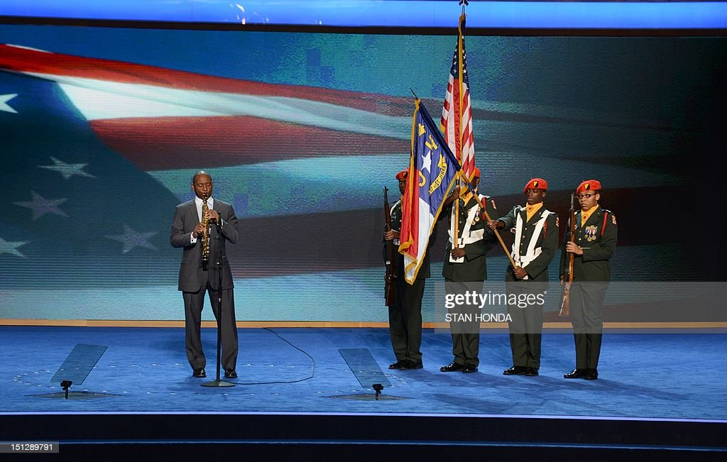 Saxophonist Branford Marsalis plays the National Anthem at the Time Warner Cable Arena in Charlotte, North Carolina, on September 5, 2012 on the second day of the Democratic National Convention (DNC). The DNC is expected to nominate US President Barack Obama to run for a second term as president on September 6th. AFP PHOTO Stan HONDA