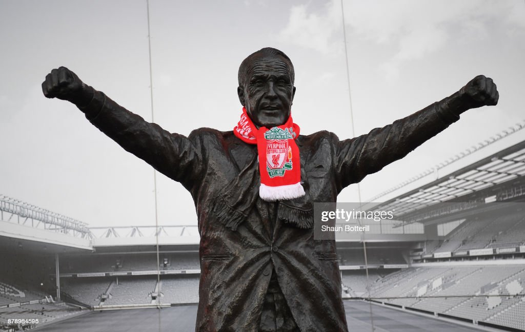 http://media.gettyimages.com/photos/scarf-is-placed-on-the-billy-shankly-statue-outside-the-stadium-the-picture-id878984596?k=6&m=878984596&s=594x594&w=0&h=CzA_m5sLVR6y1Zg4mRSQecFOgk2flRVYFtjsWyB-o9Y=