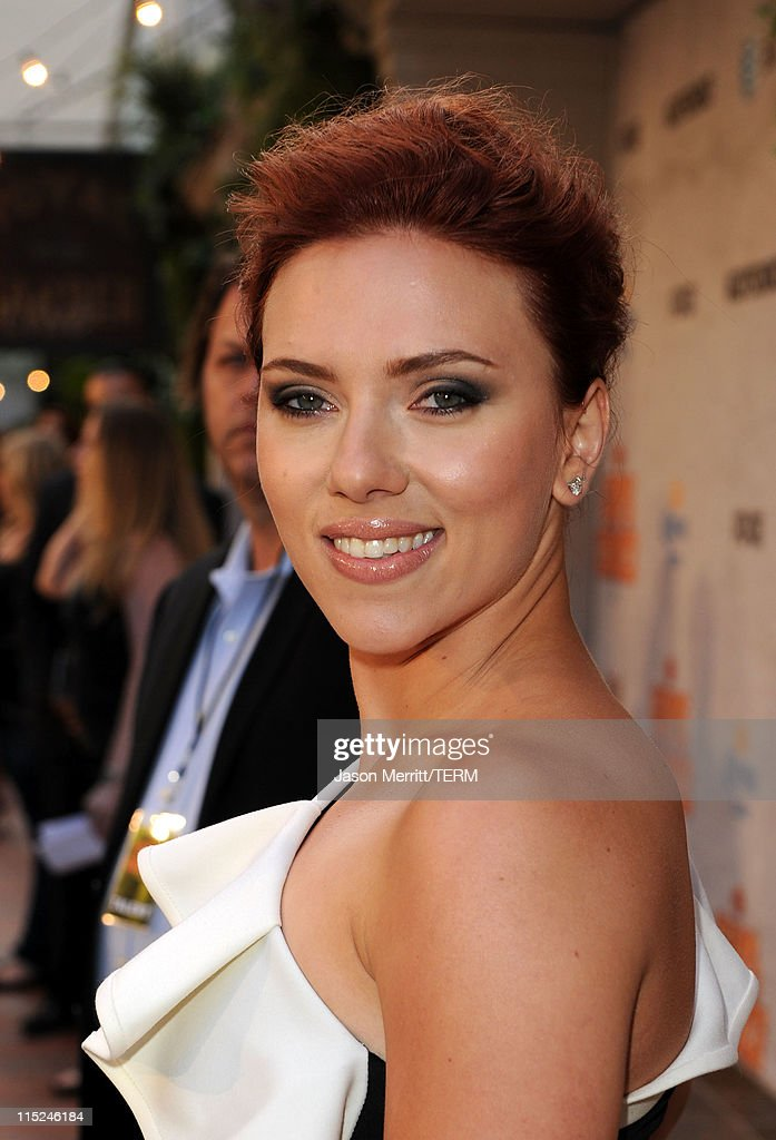 Scarlett Johansson arrives at Spike TV's 5th annual 2011 'Guys Choice' Awards at Sony Pictures Studios on June 4 2011 in Culver City California
