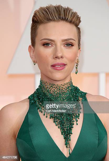 Scarlett Johansson arrives at the 87th Annual Academy Awards at Hollywood Highland Center on February 22 2015 in Los Angeles California
