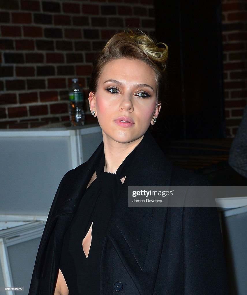 <a gi-track='captionPersonalityLinkClicked' href=/galleries/search?phrase=Scarlett+Johansson&family=editorial&specificpeople=171858 ng-click='$event.stopPropagation()'>Scarlett Johansson</a> arrives to 'Late Show with David Letterman' at Ed Sullivan Theater on November 20, 2012 in New York City.