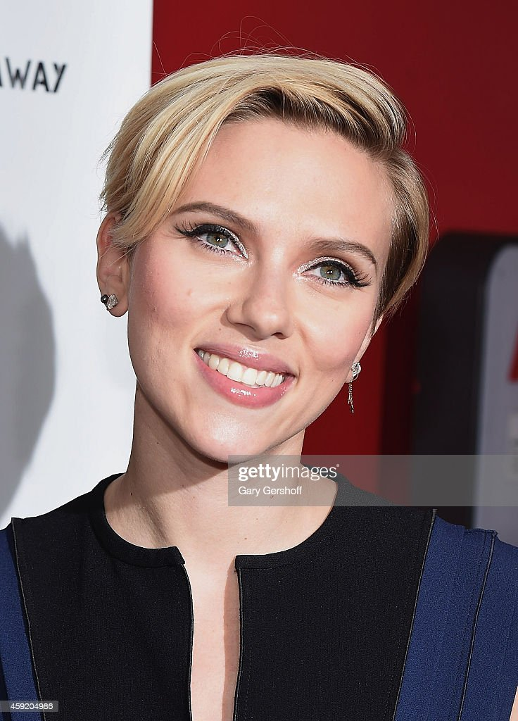 Scarlett Johansson attends the 2nd Annual Champions Of Rockaway Hurricane Sandy Benefit at Hudson Terrace on November 18, 2014 in New York City.