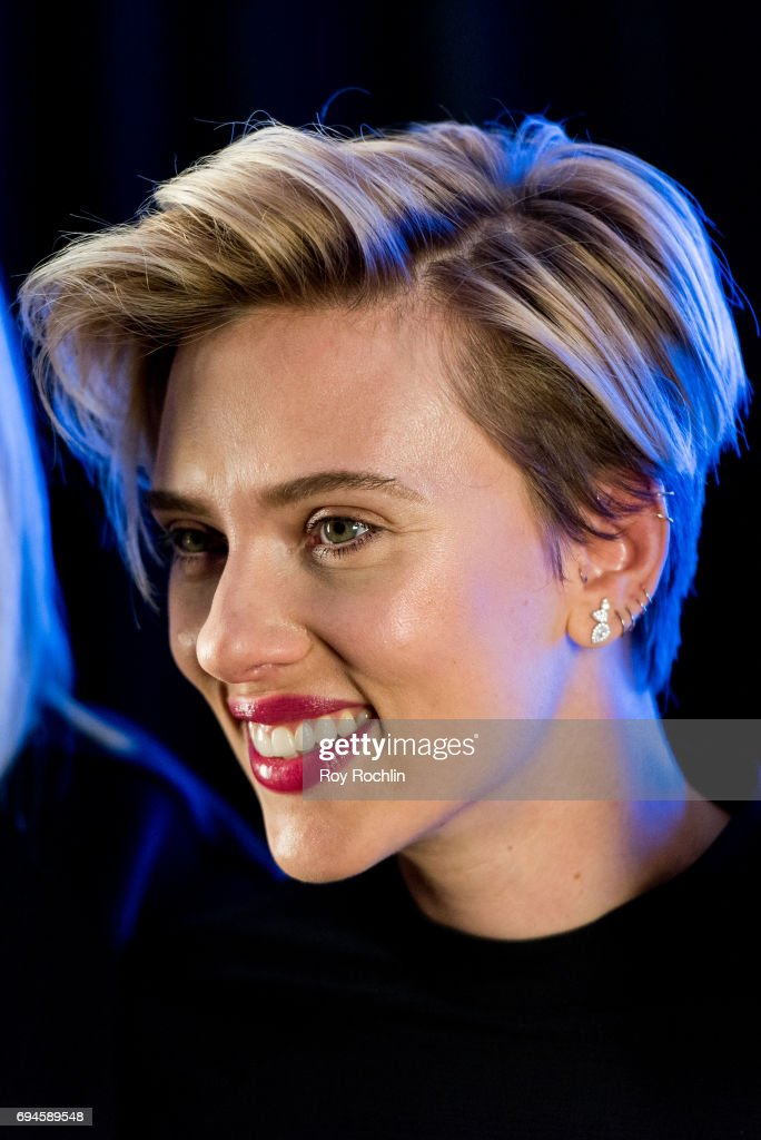 Scarlett Johansson attends the 'Rough Night' photo call at Crosby Street Hotel on June 10, 2017 in New York City.