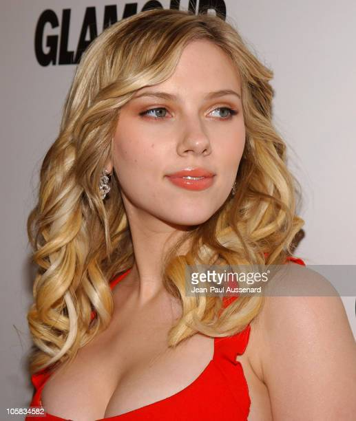 Scarlett Johansson during The Weinstein Co/Glamour 2006 Golden Globe After Party Arrivals at Trader Vic's in Beverly Hills California United States