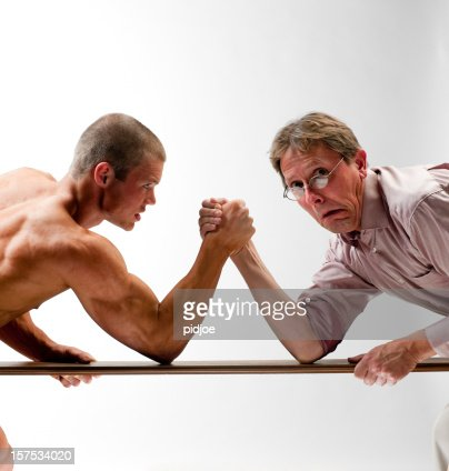 scary man arm wrestling