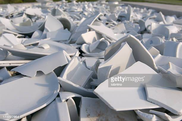 Scattered dishes