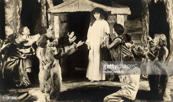 A scene from a stage production of 'Peter Pan' circa 1905
