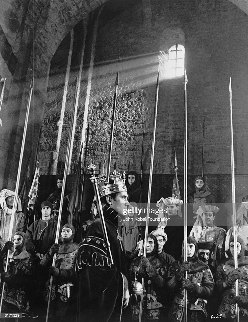 A scene from the film 'Chimes at Midnight' (aka 'Falstaff' or 'Campanadas a Medianoche'), directed by Orson Welles. The film follows the fortunes of Sir John Falstaff, Shakespeare's corpulent companion to Prince Henry IV.
