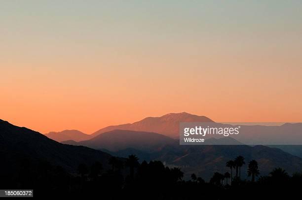 Coucher de soleil sur les montagnes San Jacinto à Palm Springs