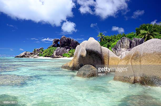A scenic view of the seascape of Seychelles