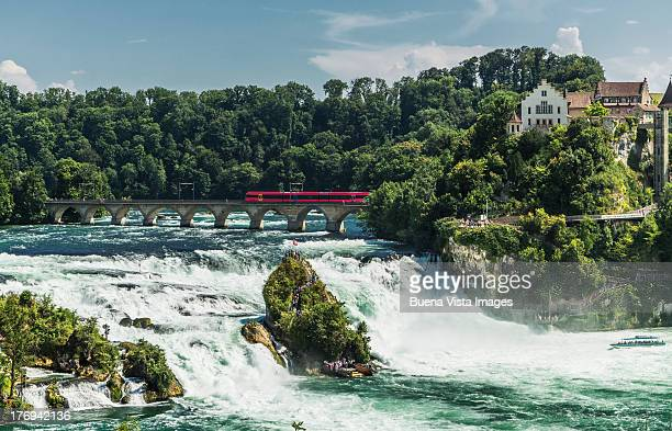 Schaffausen, train over  the Rhine falls