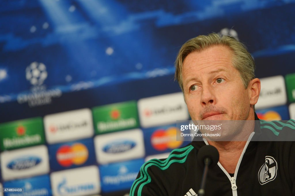 FC Schalke 04 head coach <a gi-track='captionPersonalityLinkClicked' href=/galleries/search?phrase=Jens+Keller&family=editorial&specificpeople=2382918 ng-click='$event.stopPropagation()'>Jens Keller</a> reacts during a press conference ahead of the Champions League match between FC Schalke 04 and Real Madrid at Veltins-Arena on February 25, 2014 in Gelsenkirchen, Germany.