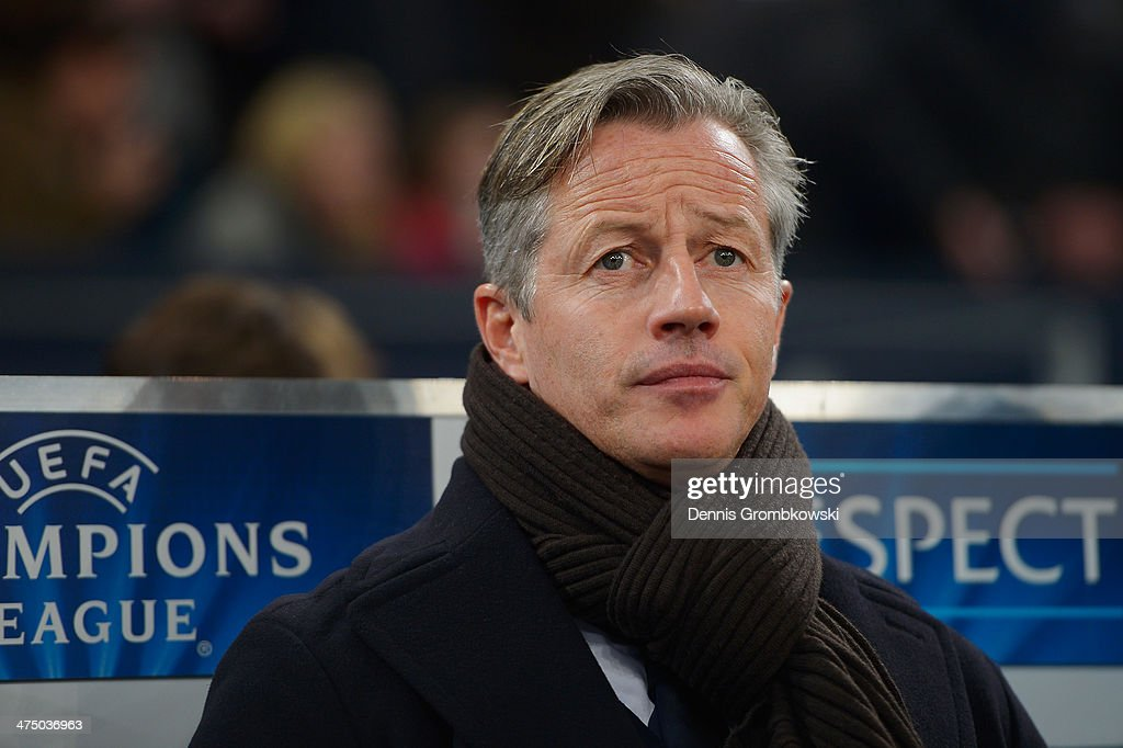 FC Schalke 04 head coach <a gi-track='captionPersonalityLinkClicked' href=/galleries/search?phrase=Jens+Keller&family=editorial&specificpeople=2382918 ng-click='$event.stopPropagation()'>Jens Keller</a> reacts prior to the UEFA Champions League Round of 16 first leg match between Schalke 04 and Real Madrid CF at Veltins-Arena on February 26, 2014 in Gelsenkirchen, Germany.