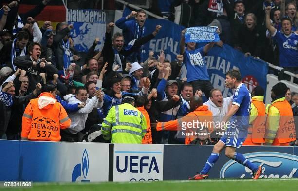 Schalke 04's KlaasJan Huntelaar celebrates scoring his side's first goal of the game