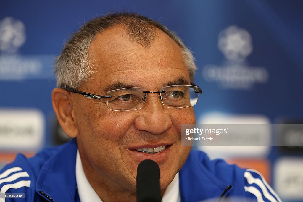 Schalke Head Coach <a gi-track='captionPersonalityLinkClicked' href=/galleries/search?phrase=Felix+Magath&family=editorial&specificpeople=206318 ng-click='$event.stopPropagation()'>Felix Magath</a> smiles during the FC Schalke Press Conference, ahead of their Group B UEFA Champions League first phase match against Lyon, at Stade de Gerland on September 13, 2010 in Lyon, France.