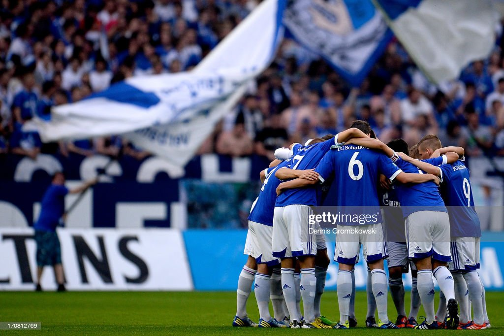 Schalke players get together prior to the A Juniors Championships semifinal second leg match between Schalke 04 and VfL Wolfsburg at Veltins-Arena on June 18, 2013 in Gelsenkirchen, Germany.