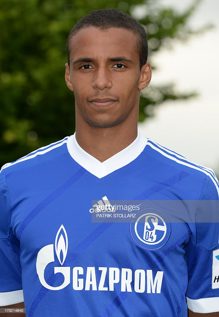 Schalke's Cameroonian defender Joel Matip poses during a team photo call of German first division Bundesliga football club FC Schalke 04, on July 10, 2013 at the grounds of the former coal mine 'Consolidation' in Gelsenkirchen, western Germany. AFP PHOTO / PATRIK STOLLARZ