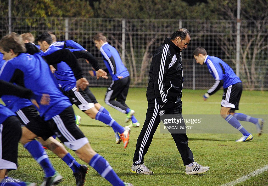 Schalke's Dutch head coach Huub Stevens attends a training session on December 3, 2012, at Gramont stadium in Montpellier, on the eve of the UEFA Champions League football match between Montpellier and Schalke.