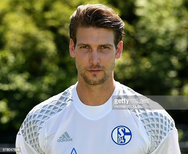 Schalke's goalkeeper Fabian Giefer poses during the team presentation of Schalke 04 on July 20 2016 in Gelsenkirchen western Germany / AFP / PATRIK...