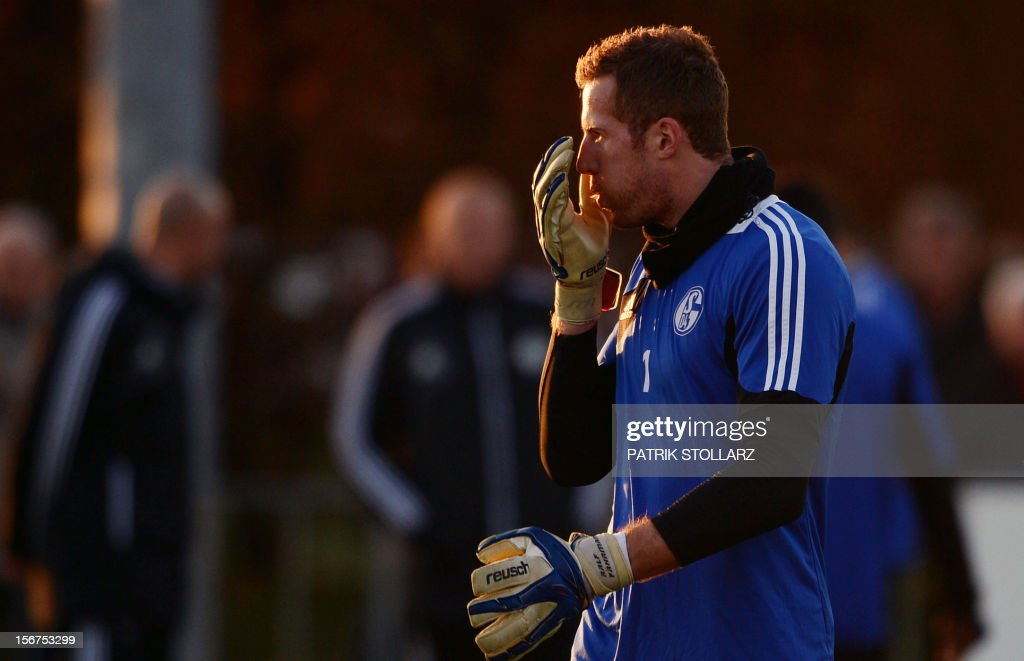 Schalke's goalkeeper Ralf Faehrmann takes part in a training session at the training ground, in Gelsenkirchen,western Germany on November 20, 2012, on the eve of the UEFA Champions League football match against Olympiacos Piraeus.