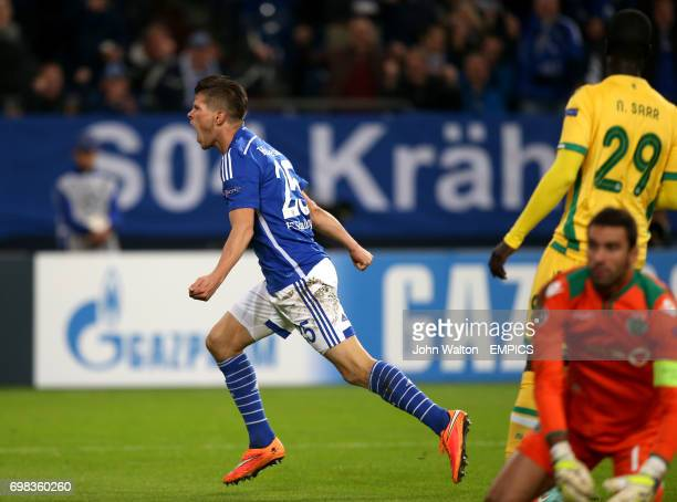 Schalke's Klaas Jan Huntelaar celebrates scoring their second goal