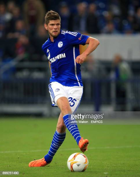 Schalke's Klaas Jan Huntelaar scores his side's fourth goal of the game