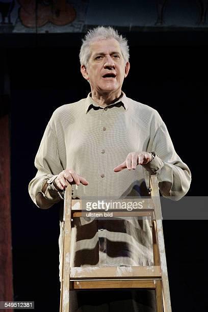 Schauspieler Ilja Richter am bei der Probe zum Theaterstueck MONSIEUR IBRAHIM UND DIE BLUMEN DES KORAN im Berliner Schlosspark Theater Premiere