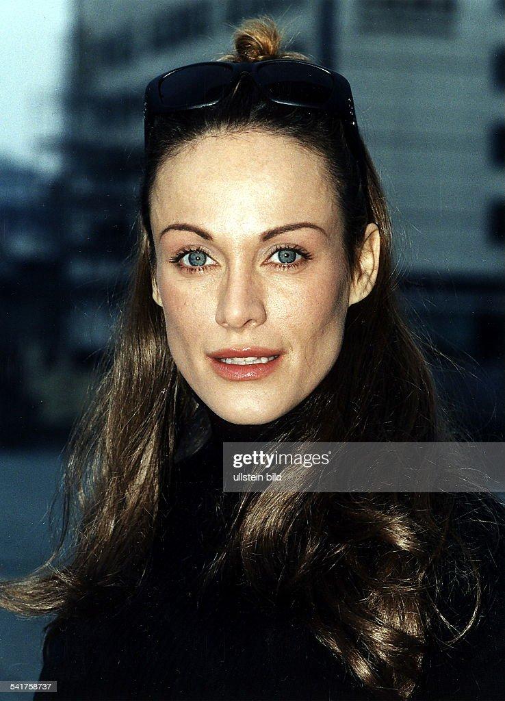 Sonja Kirchberger Nude Photos 70