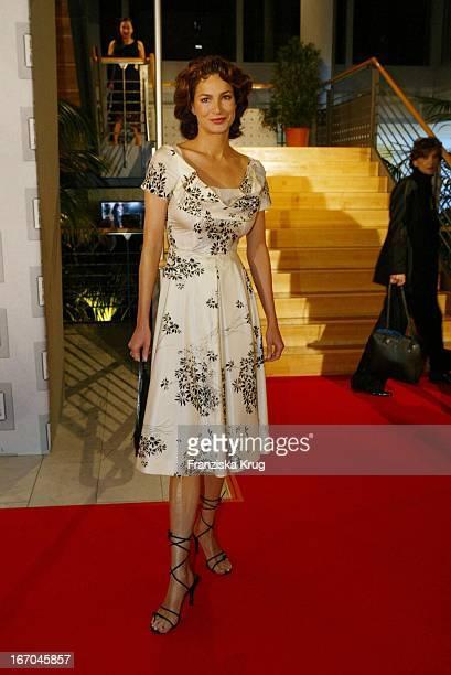 Schauspielerin Alexandra Kamp Bei Der Verleihung Des 'Deutschen Medienpreises' In Baden Baden