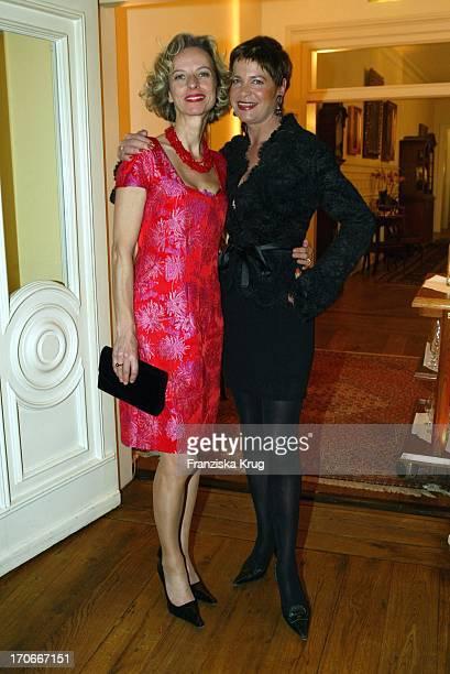 Schauspielerin Mareike Carriere Und Barbara Herzsprung Bei 'Couple Of The Year' Valentine'S Dinner Im Louis C Jacob In Hamburg Am 020204