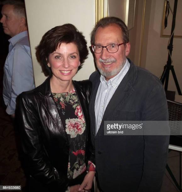 Schauspielerin Marijam Agischewa und Ehemann Georg Alexander aufgenommen bei der Premiere vom Theaterstück Die Wunderübung in der Komödie am Kudamm...