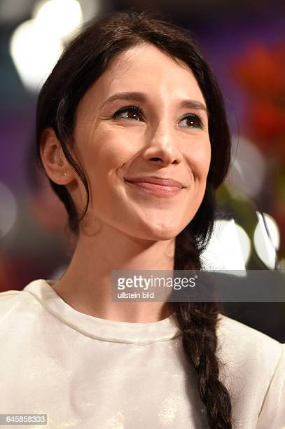 Schauspielerin Sibel Kekilli während der Premiere des Eröffnungsfilms NOBODY WANTS THE NIGHT anlässlich der 65 Internationalen Filmfestspiele Berlin