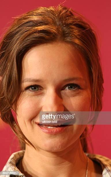 Schauspielerin Stefanie Stappenbeck anlässlich der Präsdentation des Films KOMM NÄHER/HAPPY AS ONE auf den 56 Internationalen Filmfestspielen in...