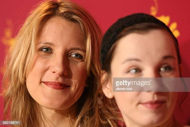 Schauspielerin Stefanie Stappenbeck und Schauspielerin Meret Becker anlässlich der Präsdentation des Films KOMM NÄHER/HAPPY AS ONE auf den 56...