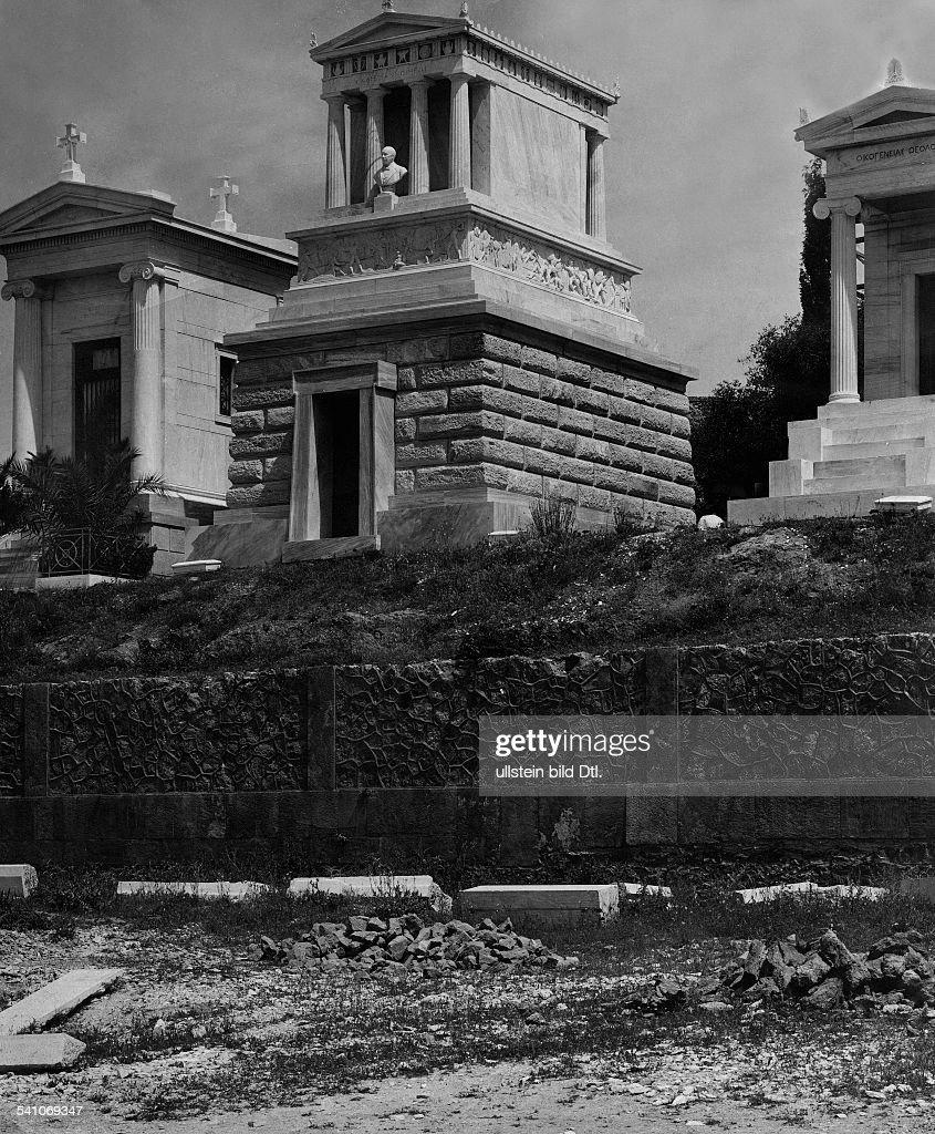 Schliemann, Heinrich *1822-1890+Archäologe, DMausoleum Schliemanns in Athen, Griechenland- um 1914