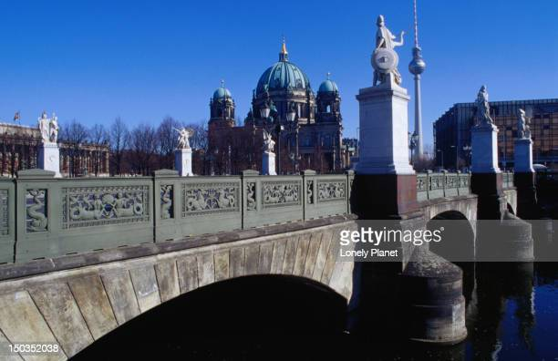 Schlossbruecke (bridge) over River Spree and Berliner Dom (cathedral) in background, Mitte.