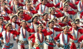 School Children perform during the 65th Republic Day parade at Rajpath on January 26 2014 in New Delhi India India adopted its democratic...